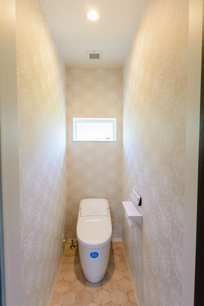 薪ストーブのある暮らし・トイレ