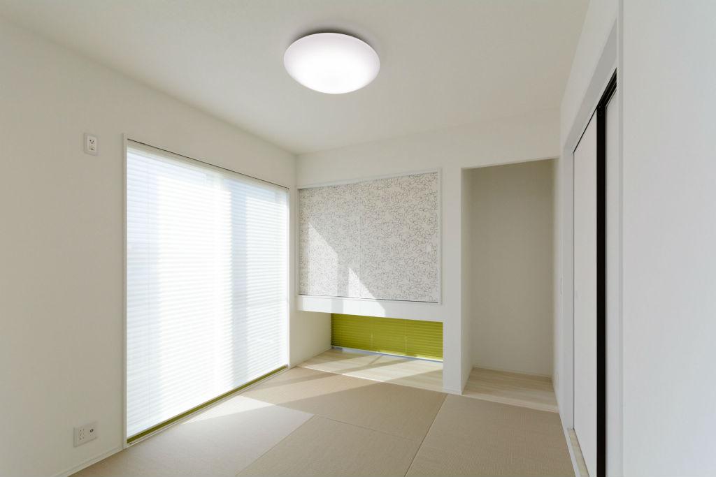 光が降りそそぐ家・和室