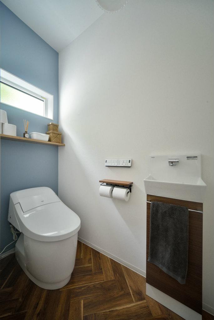 北欧テイストの家・トイレ
