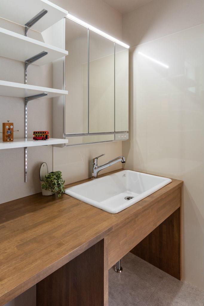 小上がり和室のある家・造作洗面